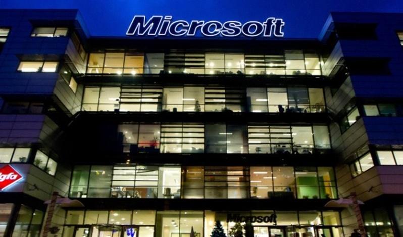 Microsoft Zirveye Tırmanıyor!