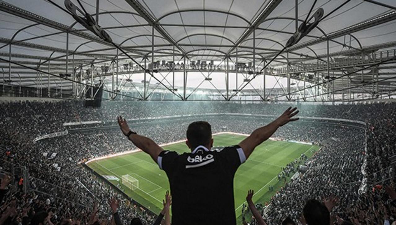 Beşiktaş Şampiyonluk Kutlamasını 360 Derece Canlı izleyin