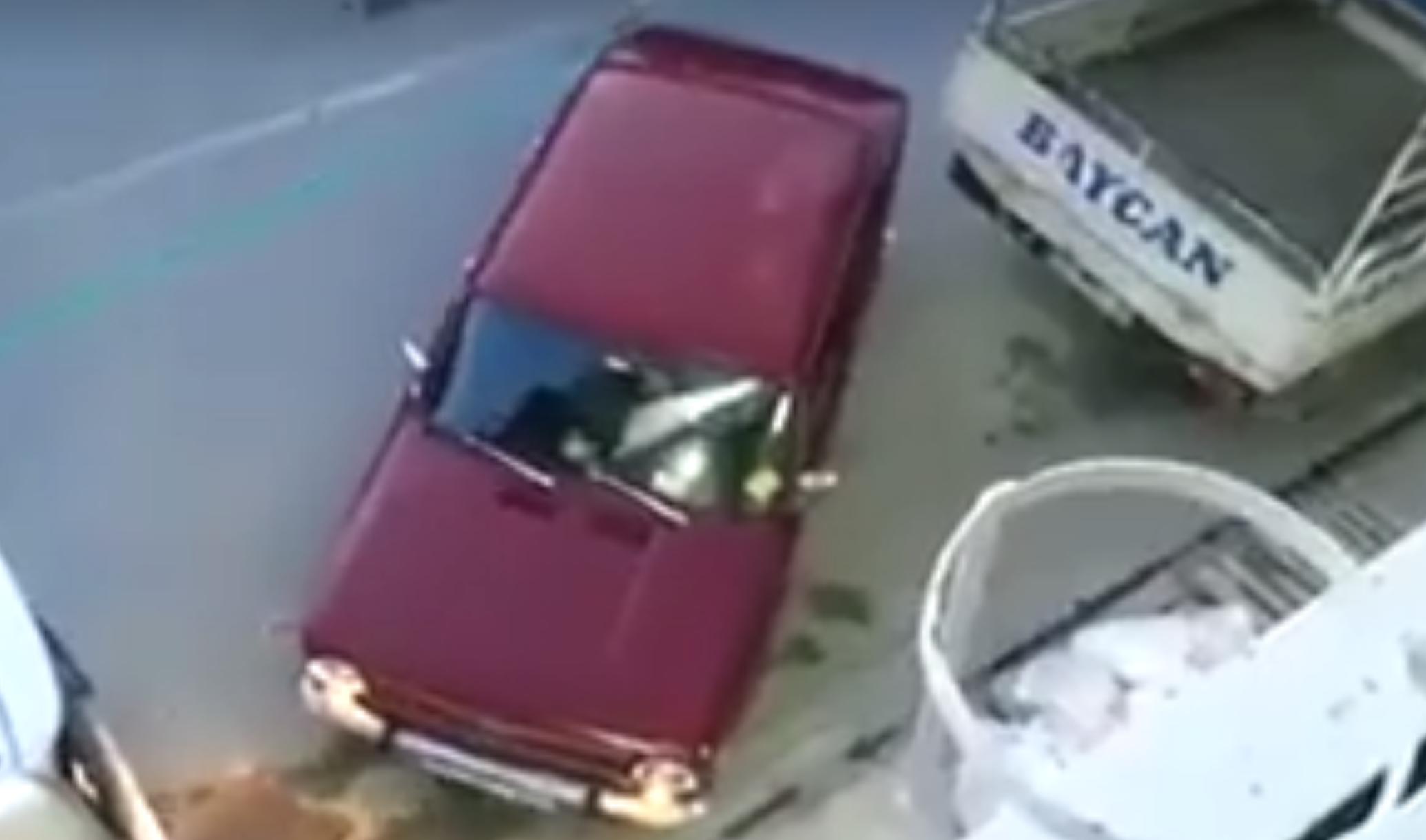Türk Usulü Araba Park Etmek!