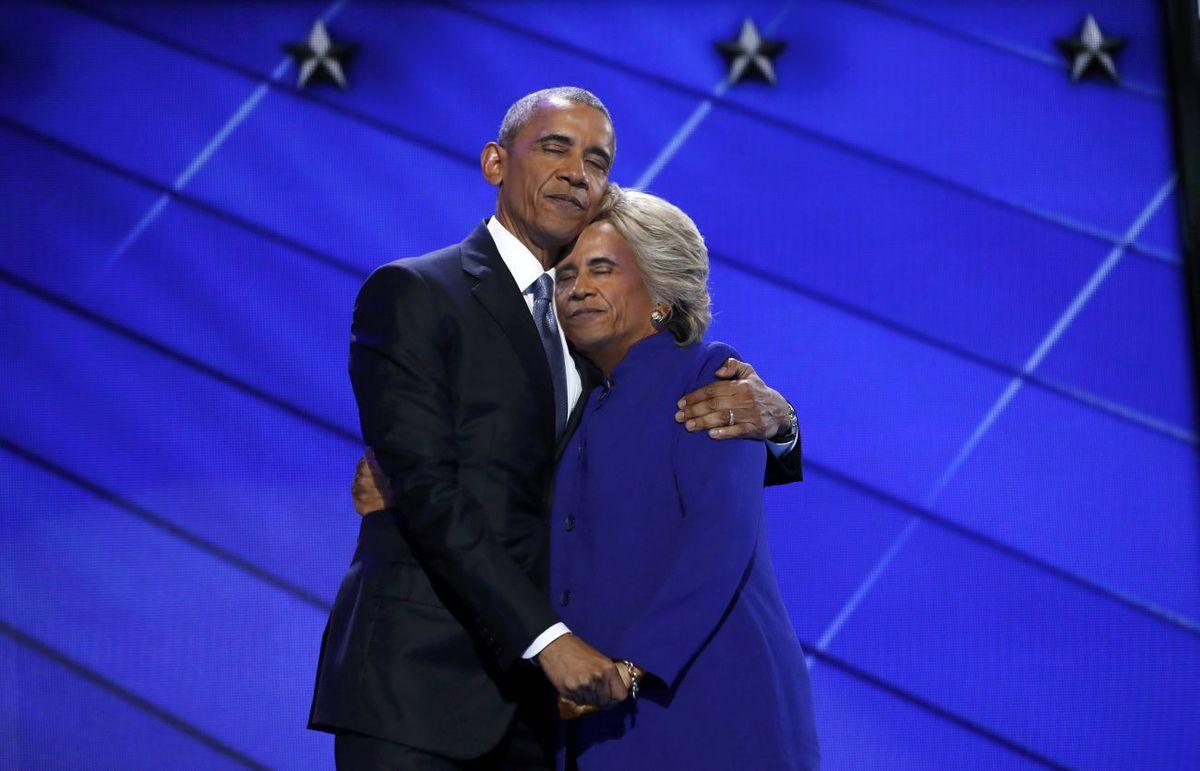 Obama ve Clinton'un Sarıldığı Fotoğrafa Photoshop Dokunuşu!