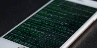 Basit Bir Şekilde iPhone'u Ele Geçiren Casus Yazılım