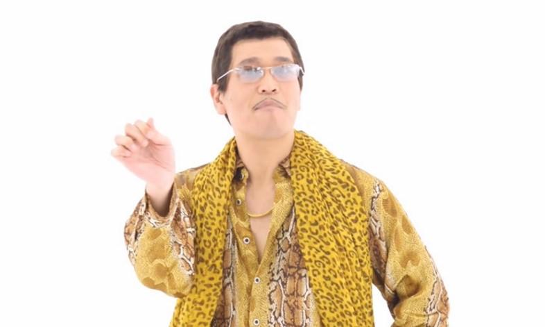 Yeni Akım: Pen-Pineapple-Apple-Pen Şarkısı!