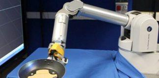 Tavada Krep Çevirmeyi Öğrenen Robot!