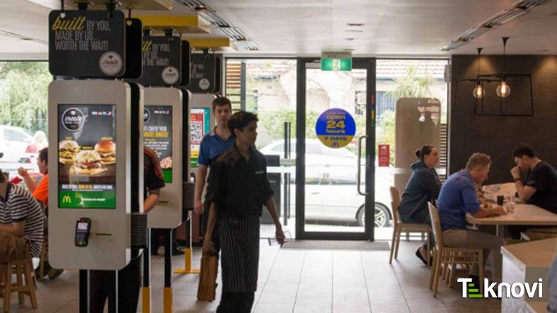 McDonalds Kuyrukta Beklemeye Teknolojik Çözüm Getiriyor!
