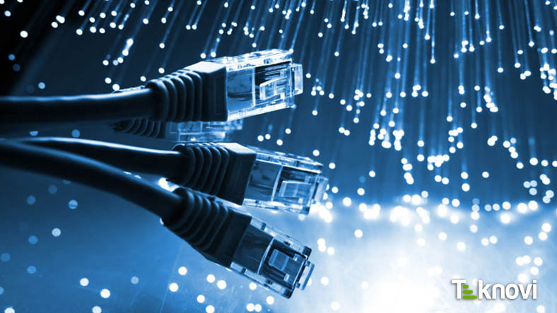 300 Bin Kişiye Ücretsiz İnternet